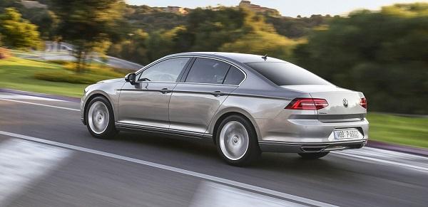 Volkswagen Passat İncelemesi Yorumu Fiyatı Özellikleri