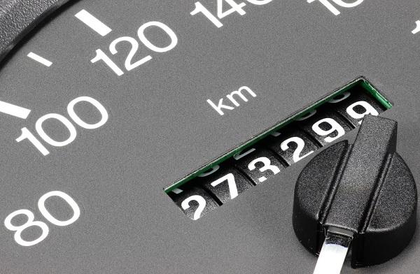 Aracın kilometresinin düşürüldüğü nasıl anlaşılır?