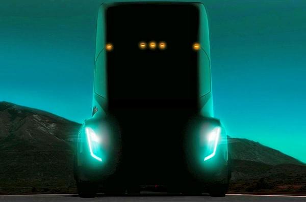 Tesla Elektrikli TIR'a Hazır Olun