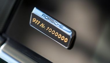 1 Milyonuncu Porsche 911 Üretim Bandından İndi
