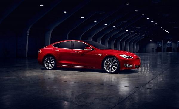 Tesla Model S'in Son Versiyonu: 100D