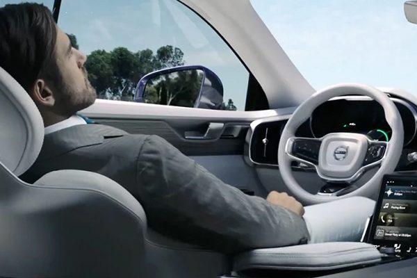 Volvo 2020'de İlk Tamamen Sürücüsüz Aracını Tanıtacak