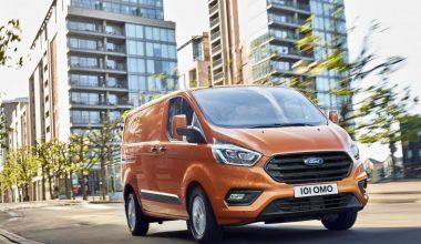 Yeni Ford Transit Custom HYBRID Sürpriziyle Geliyor