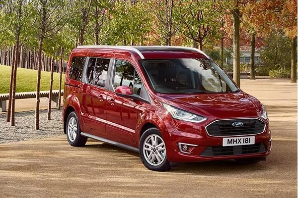Ford Transit Connect Makyajlandı