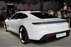 Porsche Taycan Tesla'ya Rakip Oluyor